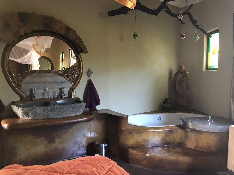Bathtub and Faucet ONEness Leopards Rock Bush Boutique